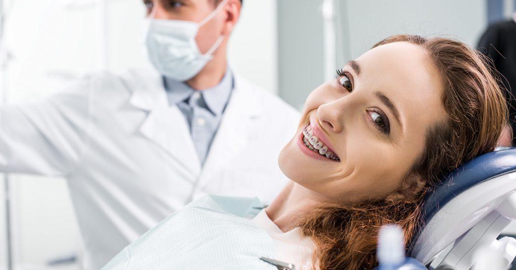 Aparat ortodontyczny bezligaturowy